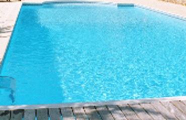 Stratifier une piscine béton